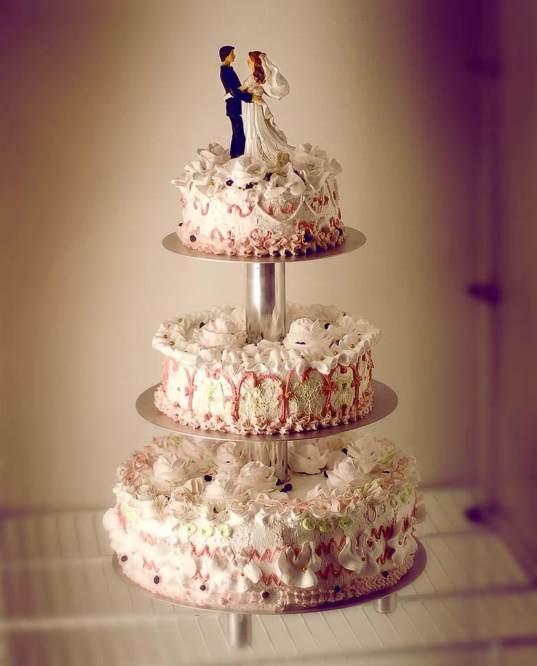 tort-svadebnii